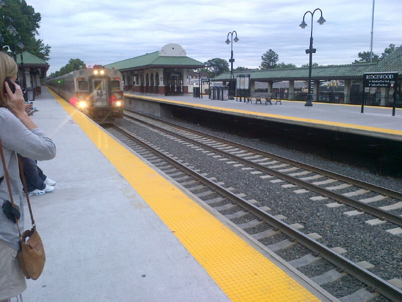 Ridgewood_Train_station_train-_is_coming_theridgewoodblog