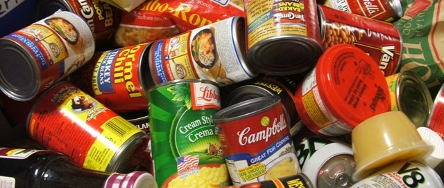 food_drive_cans_002_-_web